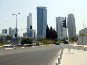 Ramat Gan Skyline - Conversational Hebrew Lesson 1