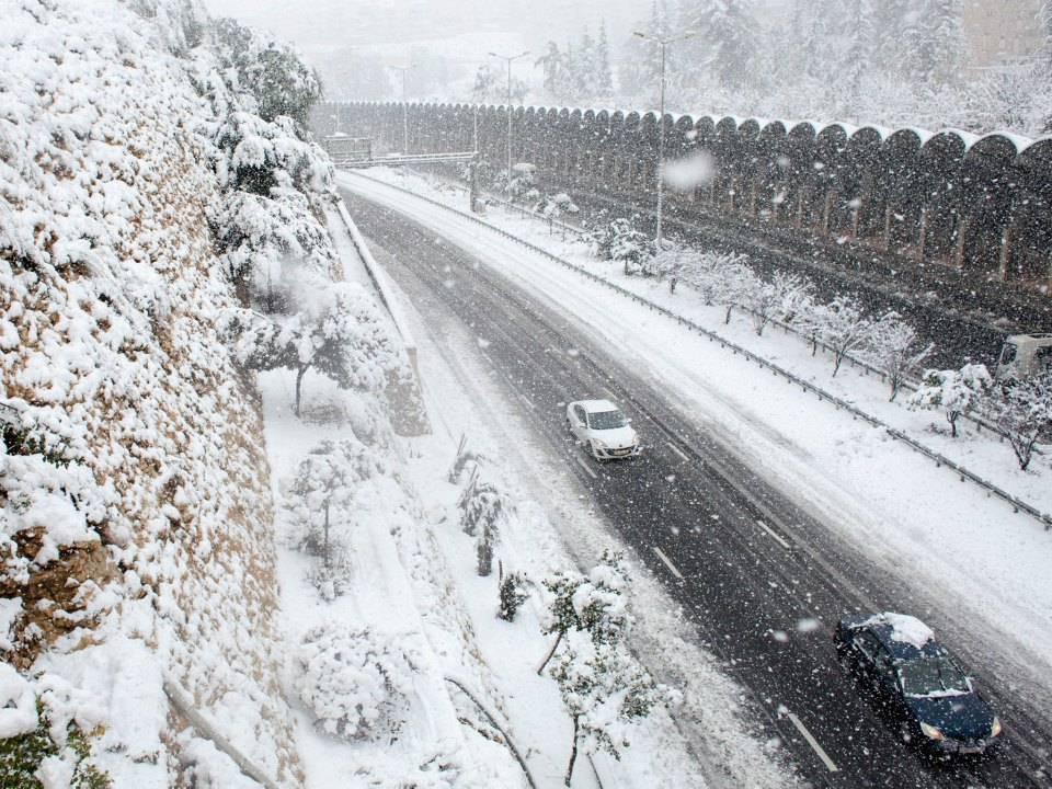 Israel Snow Traffic